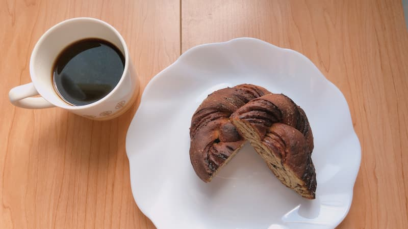 コーヒーとベースブレッド